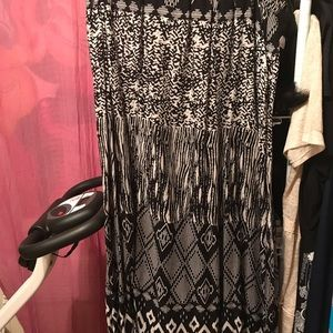 Dresses & Skirts - Ladies Kim Rogers Skirt black and beige XL pretty